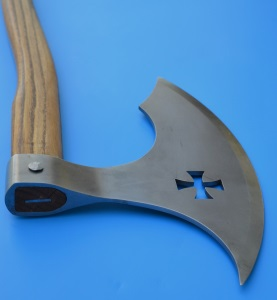 two-handed ax